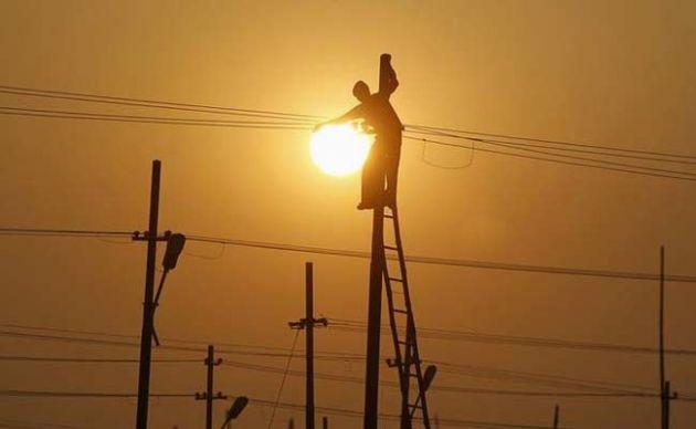 यूपी के सिर्फ छह गांव बचे, जहां बिजली नहीं पहुंची; बिहार में 319 बाकी