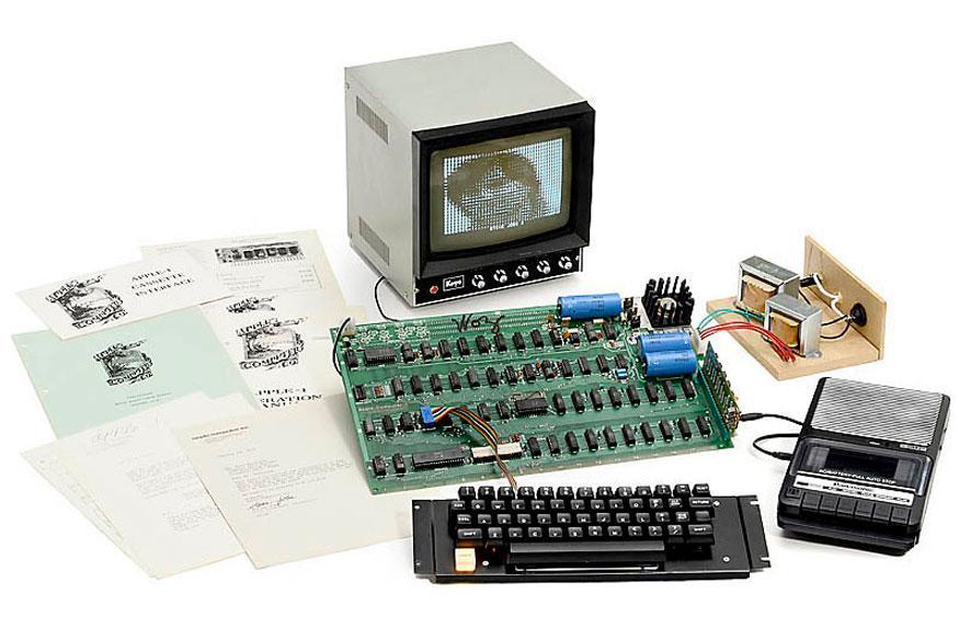 130,000 डॉलर में बिका, एप्पल का यह पहला कम्प्यूटर