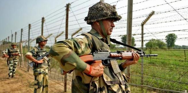 उरी में भारतीय सेना पर हमले की कोशिश हुई नाकाम, मारे गए पाक की BAT के दो हमलावर