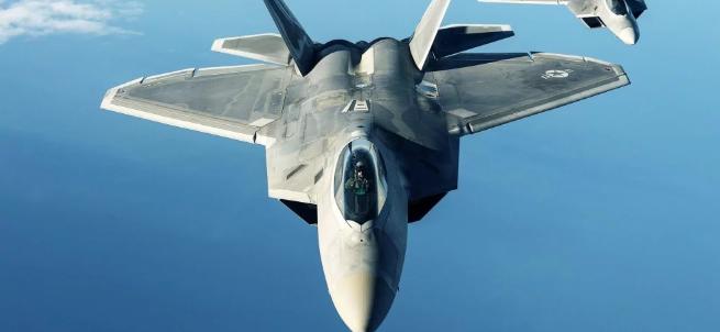 चीन के दो लड़ाकू विमानों ने अमेरिका की नौसेना विमान को बाधा पहुंचाई