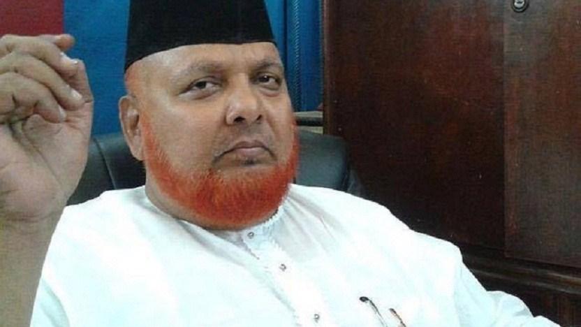 इमाम बरकती ने अपने वाहन से