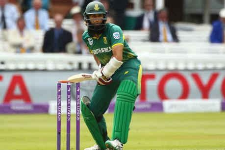 अमला ने तोड़ा विराट कोहली का रिकॉर्ड, वनडे में सबसे तेज पूरे किए 7000 रन