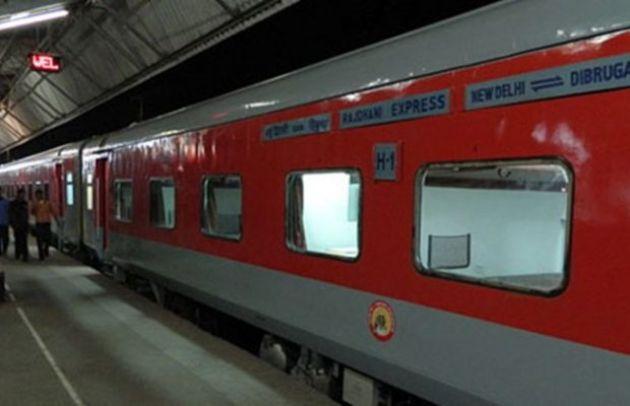 5,000 एसी और नॉनएसी डिब्बों का निर्माण करेगी रेलवे...