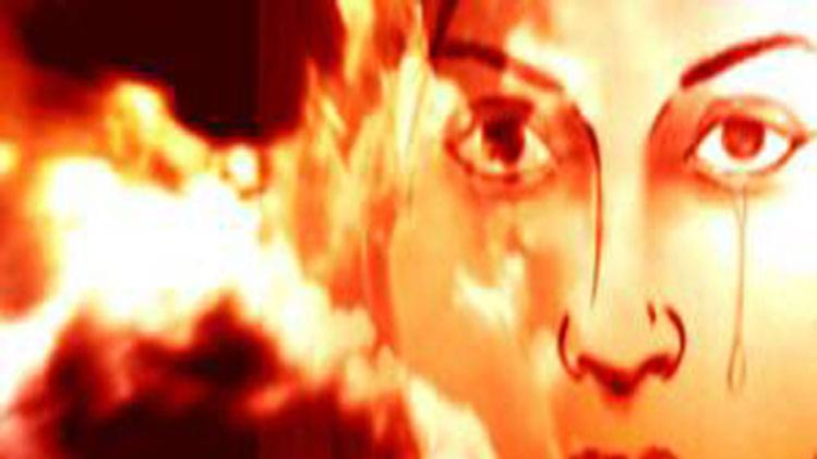 महिला से सरेआम छेड़खानी, पुलिस ने भी अनसुनी की पुकार