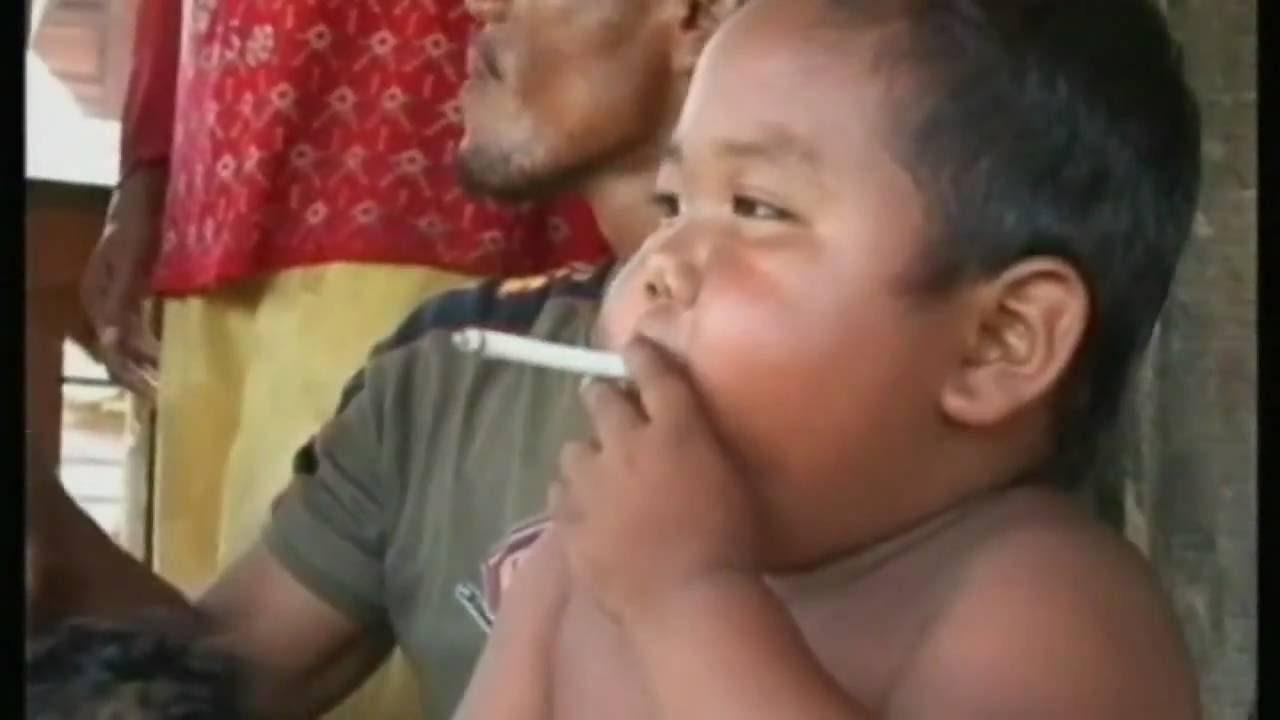 Photo of 2 साल की उम्र में एक दिन में पीता था 40 सिगरेट, हुई ऐसी हालत