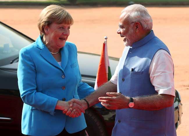 जर्मनी के मर्केल ने किया PM मोदी का स्वागत, जर्मन-भारत संबंधों को मिलेगा नया मुकाम