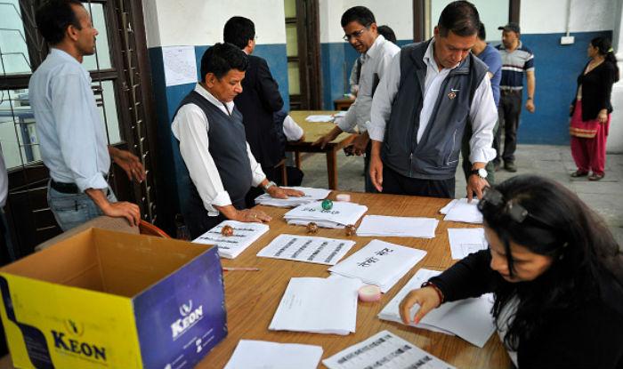 20 साल बाद नेपाल में निकाय चुनाव के लिए कड़ी