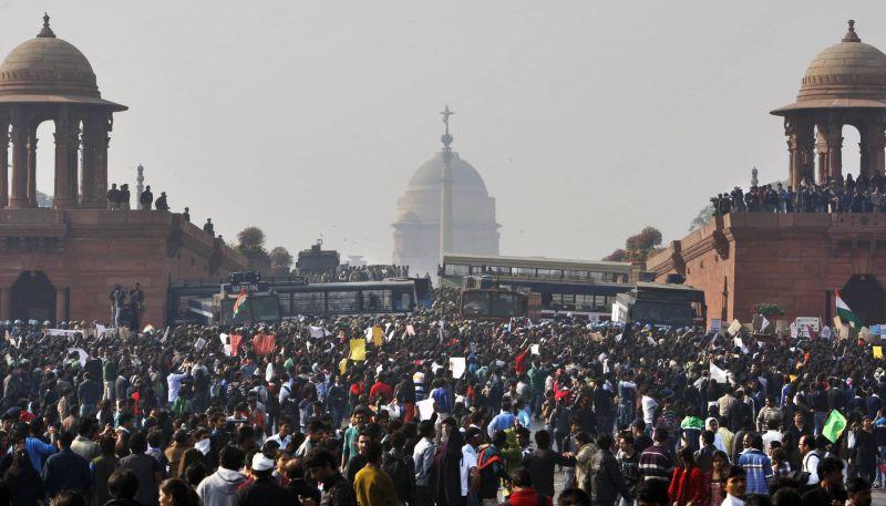 रिसर्चर का दावा, चीन से भी अधिक जनसंख्या वाला देश है भारत