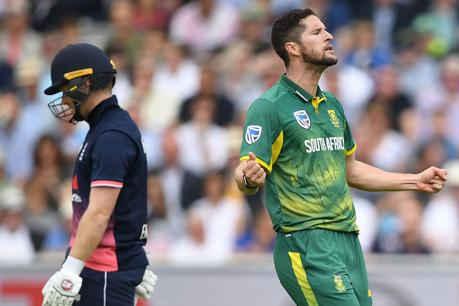 आखिरी ODI: आमला और रबाडा ने दक्षिण अफ्रीका को इंग्लैंड पर दिलाई शानदार जीत