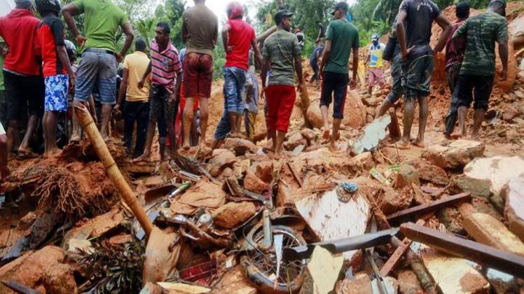 बड़ी ख़बर: श्रीलंका में बाढ़, भूस्खलन से 90 से ज्यादा लोगों की मौत, पीएम मोदी ने दिया मदद का भरोसा