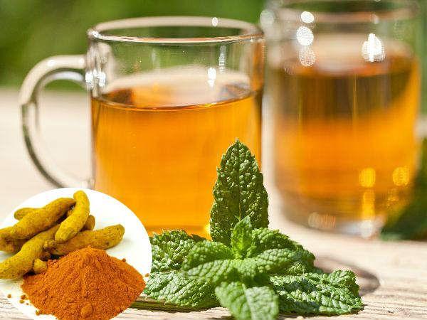 हल्दी और तुलसी की चाय का सेवन करने से आप अपनी किडनी को स्वस्थ रख सकते है