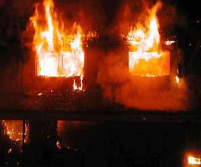 उत्तराखंड में मोमबत्ती से घर में लगी आग, सो रही वृद्ध महिला झुलसी