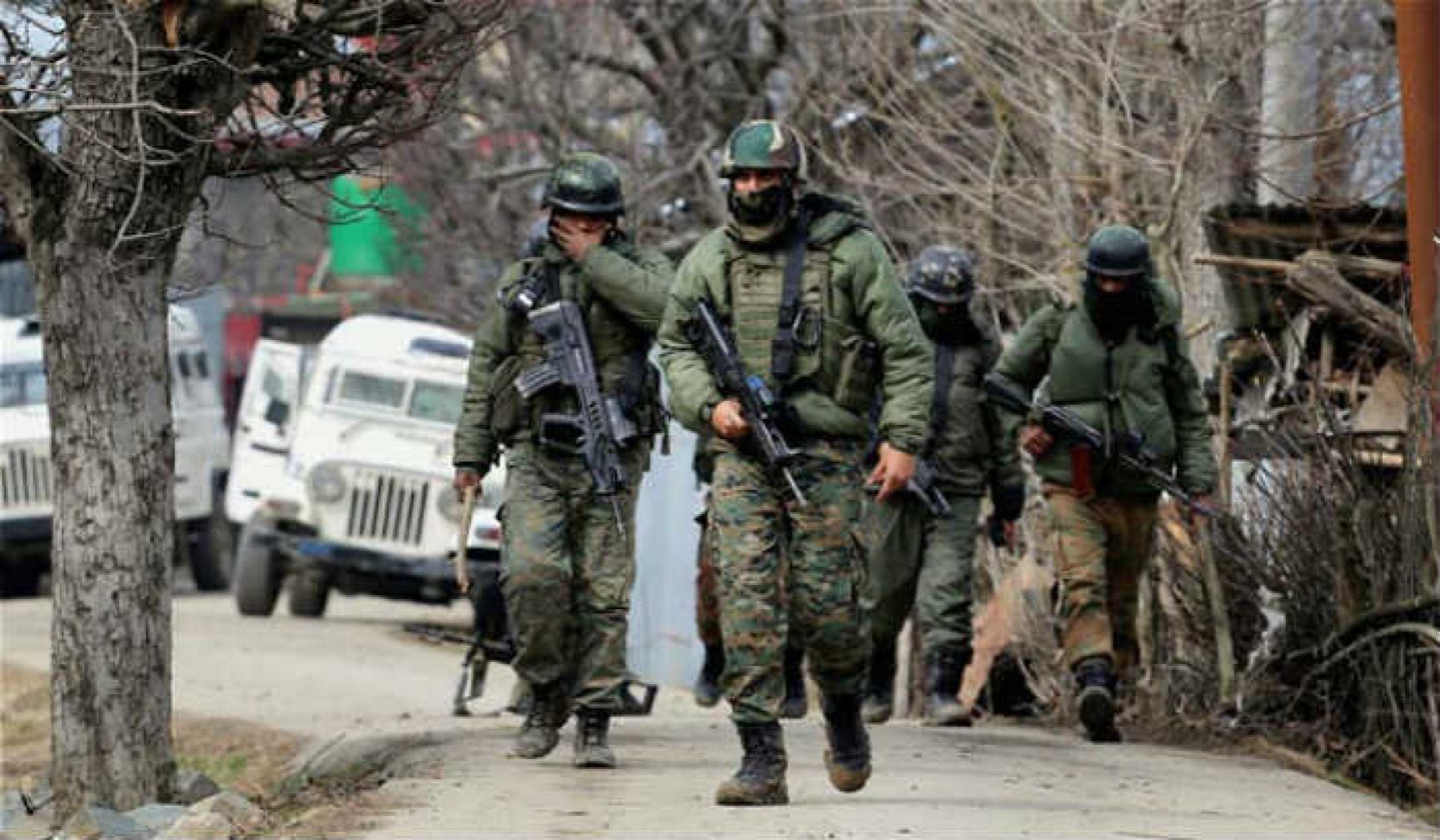 कठुआ और हीरानगर में भारतीय सेना ने शुरू किया सर्च ऑपरेशन, हाई अलर्ट जारी