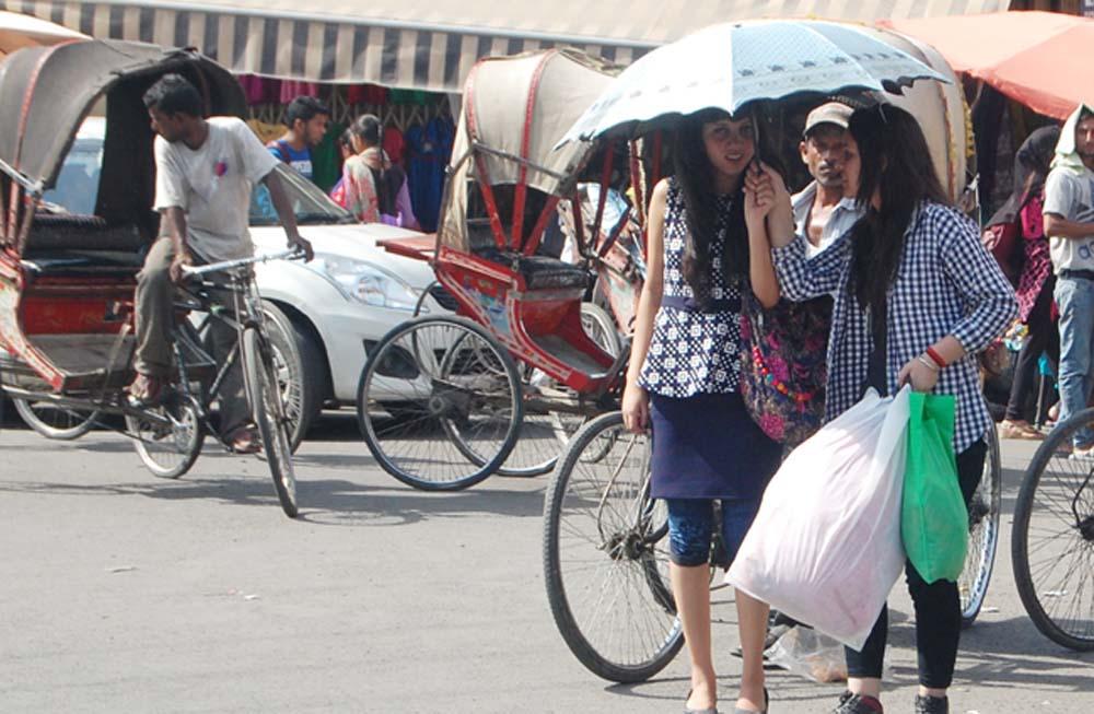 गर्म हवाओं की चपेट से झुलस रहा एमपी, खजुराहो में 48.6 डिग्री से. रिकॉर्ड हुआ