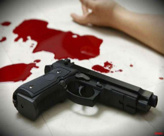 ग्राहक बनकर आए, मारी गोली...और की हत्या