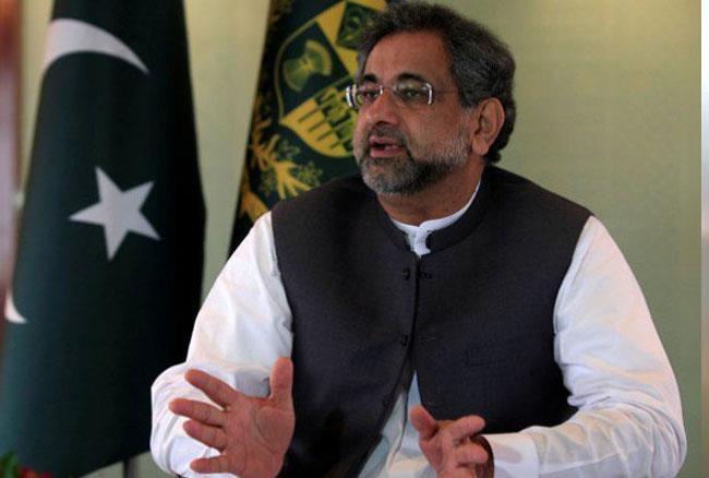पाकिस्तान के प्रधानमंत्री शाहिद खाकान अब्बासी ने कहा- एलियंस कराएंगे यहां का चुनाव