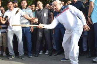 हरियाणा के CM मनोहरलाल को भाया गुल्ली डंडे का खेल, बच्चों संग जमकर की मस्ती