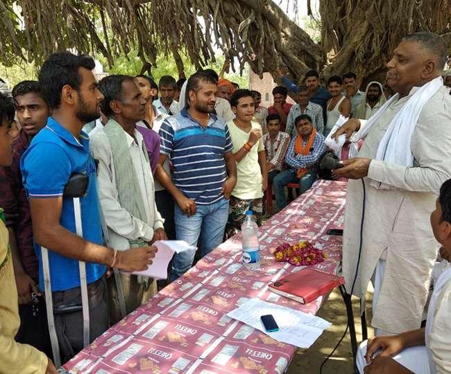 भाजपा ने चलाया संपर्क अभियान और दी सरकारी योजनाओं की जानकारी और लाभ उठाने की प्रेरणा
