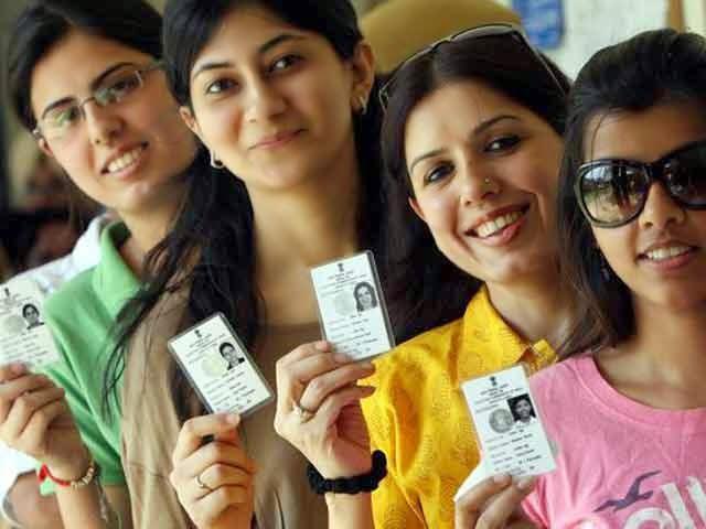 कैराना नूरपुर चुनाव में खराब इवीएम वाले दर्जनभर बूथों पर रात 10 बजे तक चला मतदान