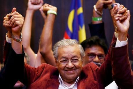 महातिर मोहम्मद 92 साल की उम्र में बने मलेशिया के पीएम