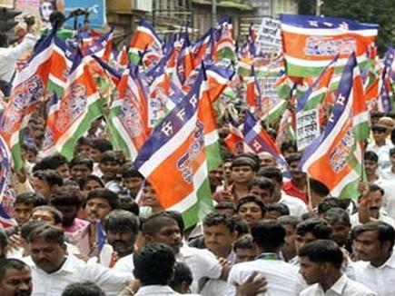 मुंबई में MNS के कार्यकर्ताओं ने बुलेट ट्रेन का किया विरोध, जमीन नापने की रुकी प्रक्रिया
