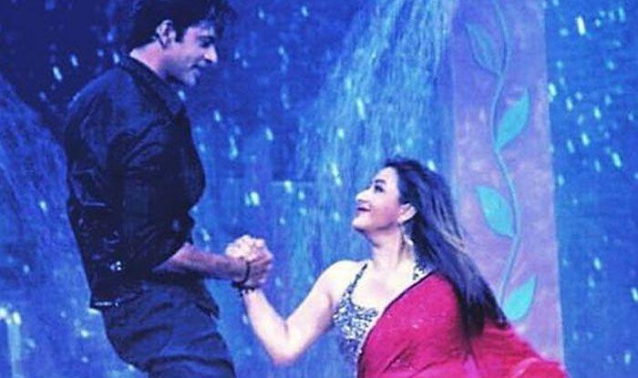 शिल्पा शिंदे, सुनील ग्रोवर का Rain Dance, पानी में घुलता ऐसा रोमांस पहले नहीं देखा होगा: विडियो