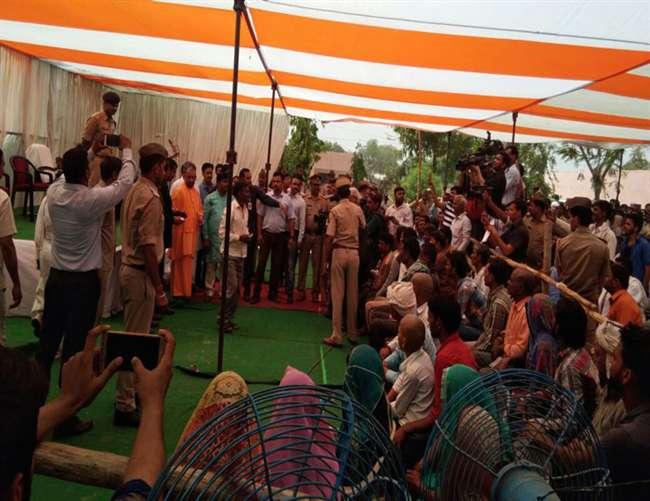 CM योगी की घोषणा, आपदा प्रभावित क्षेत्रों में नहीं होगी राजस्व वसूली