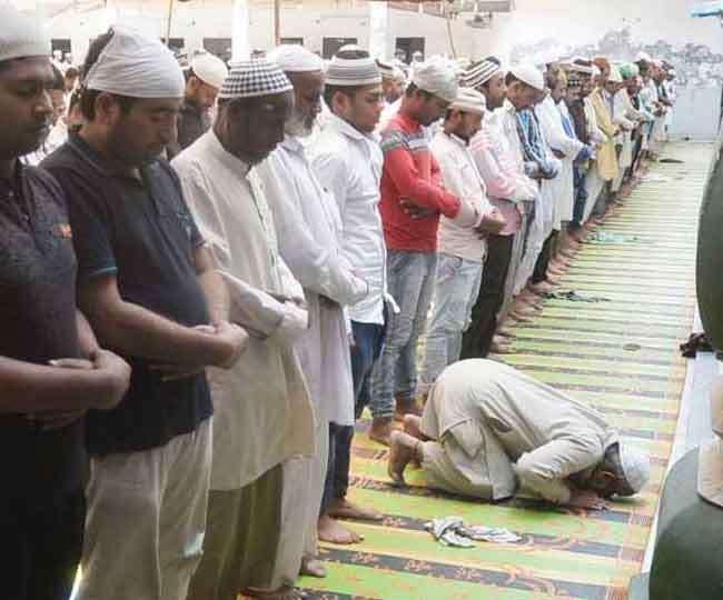 खुले में नमाज पर हरियाणा सरकार का कड़ा रुख, कहा- ईदगाह व मस्जिदों का ही करें इस्तेमाल