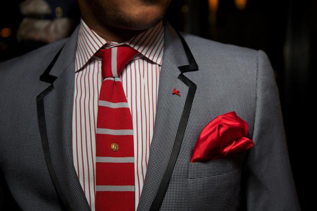 अगर इस तरह के रुमाल रखेगे अपनी जेब में तो चुटकी में चमक जाएगी आपकी किस्मत