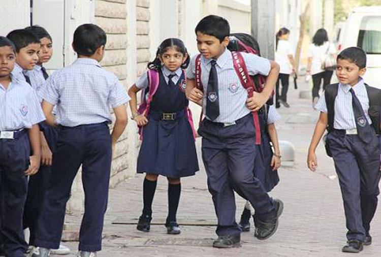 आंधी-तूफान के डर से यूपी-हरियाणा के स्कूल बंद, दिल्ली में नहीं चलेगी शाम की क्लास