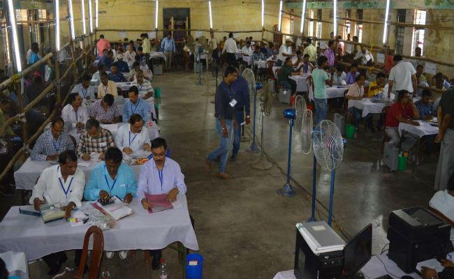 लोकसभा उपचुनाव नतीजे : BJP को लगा बड़ा झटका, कैराना और नूरपुर दोनों सीटों पर भाजपा पिछड़ी