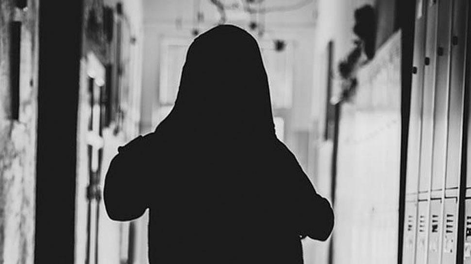 लड़की को पसंद नहीं आया दूल्हा तो जहर खाकर दे दी जान, बिना दुल्हन लौटी बारात