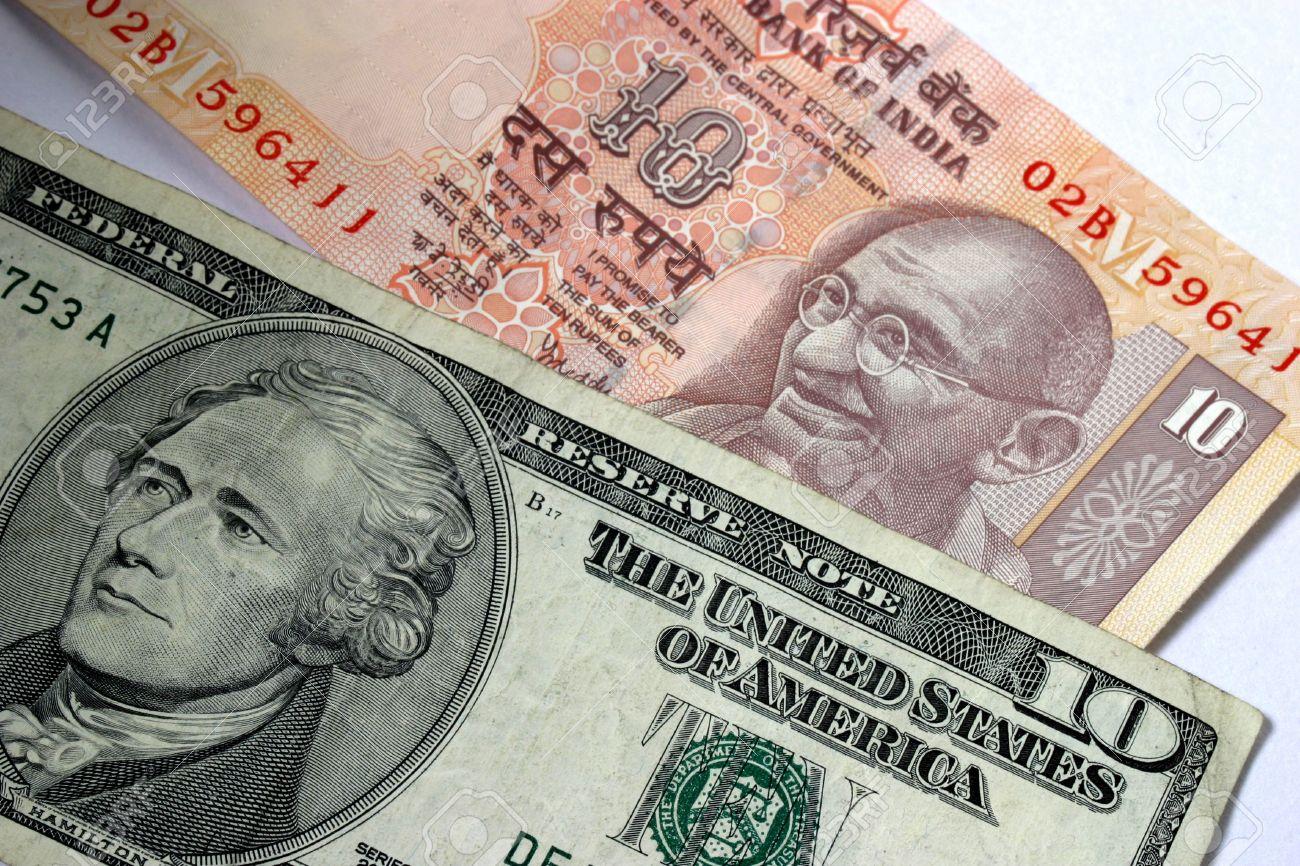 68.37 पर पहुंची एक डॉलर की कीमत, 17 महीने के निचले स्तर पर भारतीय रुपया