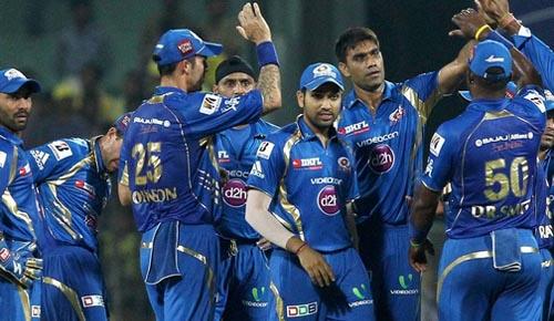 IPL : प्लेऑफ की चौथी टीम होगी मुंबई इंडियंस? ये है आज का समीकरण