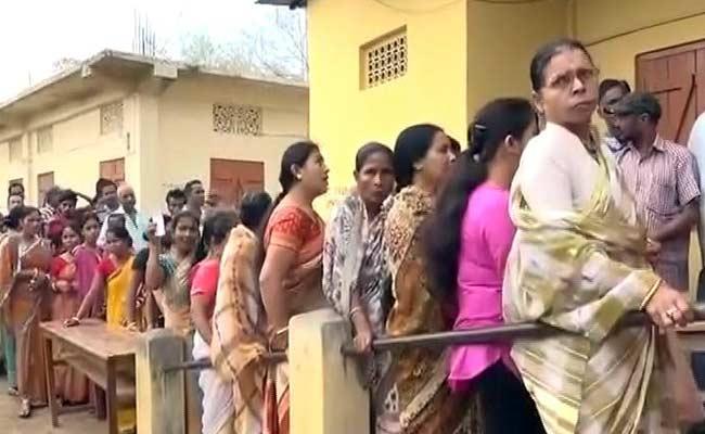 कैराना लोकसभा: 73 पोलिंग बूथों पर मतदान जारी, कड़ी सुरक्षा व्यवस्था का इंतज़ाम