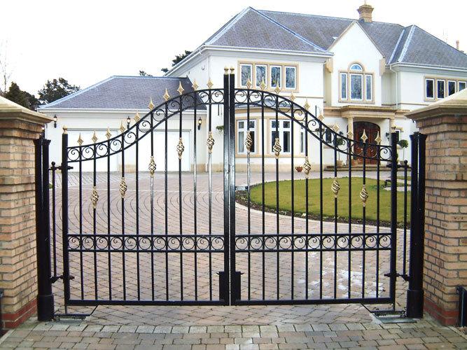 आपके घर की DOOR BELL पैदा करती है घर में कलह का वातावरण , कारण और निवारण