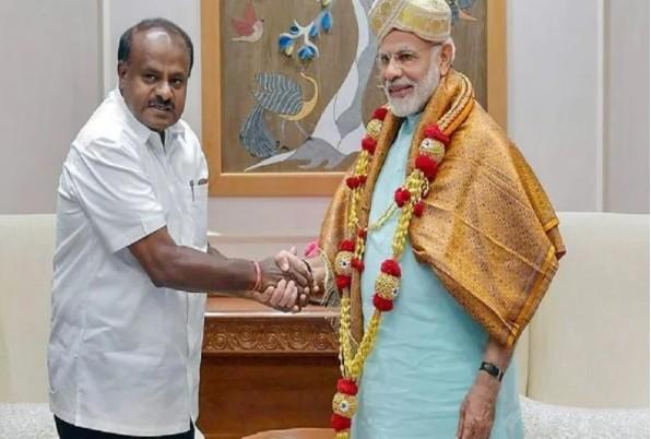 बड़ीखबर: कुमार स्वामी ने PM मोदी से की मुलाकात, मंत्रिमंडल और विभागों को लेकर कांग्रेस-जदएस में छिड़ा विवाद