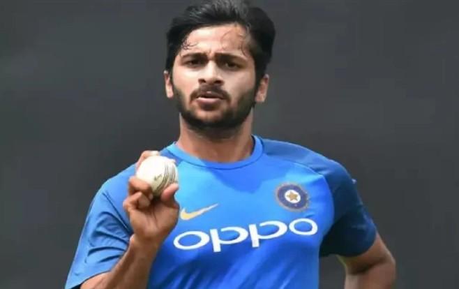 CSK के तेज गेंदबाज शार्दुल ठाकुर के माता-पिता सड़क दुर्घटना में हुए जख्मी, अस्पताल में कराया भर्ती