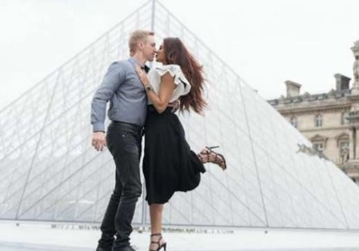 टीवी के इस खूबसूरत कपल्स ने बनाया किसिंग इंस्टाग्राम अकाउंट, पोस्ट की तस्वीरें