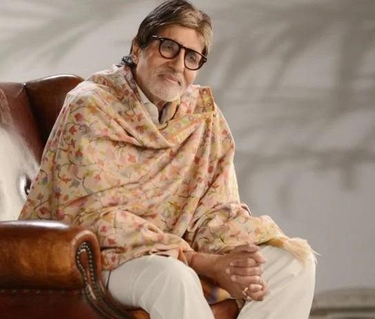 बॉलीवुड में फेसबुक के शहंशाह बने महानायक अमिताभ बच्चन, फॉलोअर्स की लिस्ट ने बना डाला रिकॉर्ड