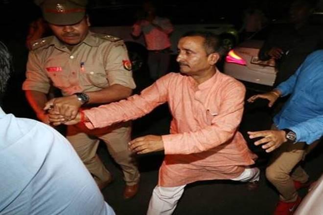 अभी अभी : उन्नाव रेप केस के आरोपी विधायक कुलदीप सिंह सेंगर को सीतापुर जेल में किया गया शिफ्ट