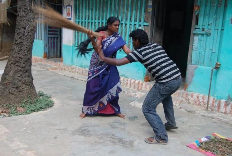 देश के सबसे साफ शहर में होती है पतियों की जबरदस्त पिटाई