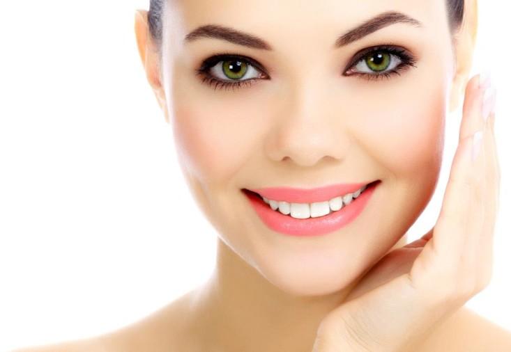 गर्मी ने कर दिया है चेहरे का बुरा हाल तो इन 7 Tips से हमेशा दिखें कमाल