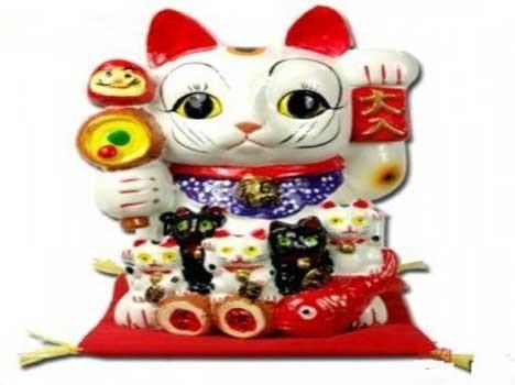 बिजनेस में हो रहे नुकसान को दूर कर देगी फेंगशुई की ये Lucky Cat, आज ही घर ले आएं