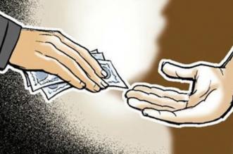 CBI ने 50 लाख की घूस लेते 5 अधिकारियों को रंगे हाथों पकड़ा