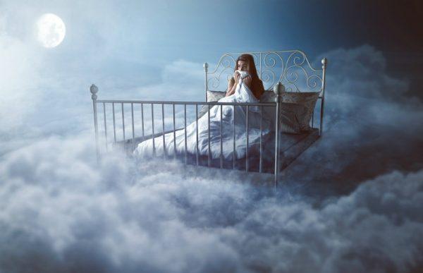 अगर सपने में आपको दिखाई दें ये चीज़ें, तो भूलकर भी दूसरों को न बताएं वरना…