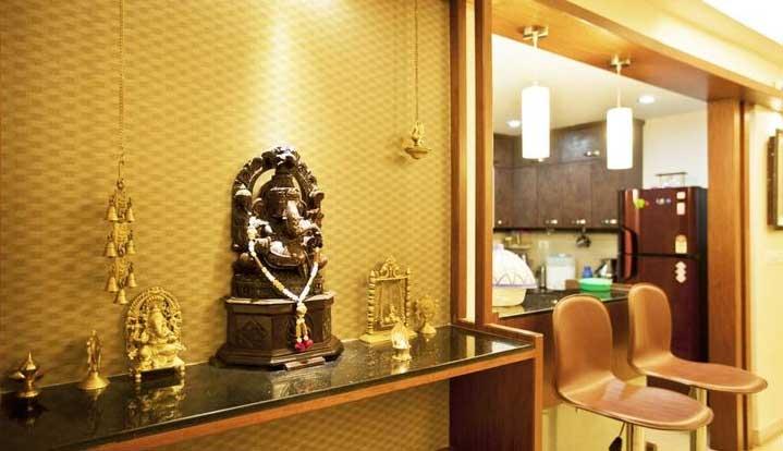 पूजा घर में इन गलतियों से देवी-देवता होते हैं नाराज, बिगाड़ देते हैं धन और स्वास्थ्य