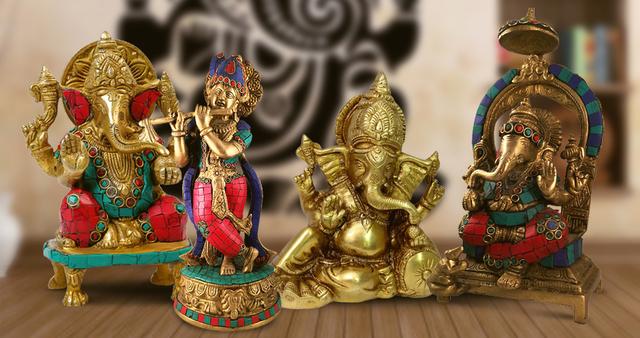 देवी देवताओं की ऐसी मूर्तियां घर में रहें तो आती है बेतहाशा बरकत