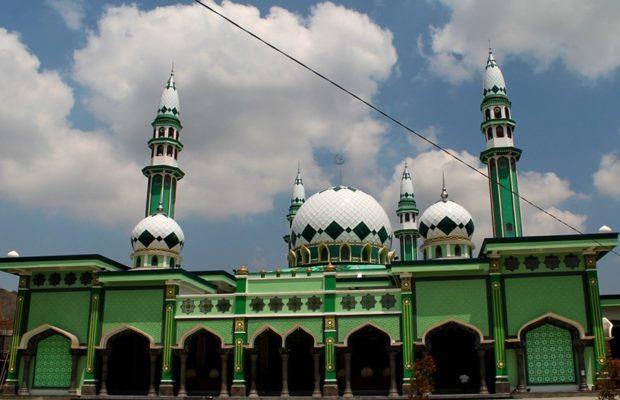 ...तो इसलिए इस्लाम धर्म में हरा रंग माना जाता है पवित्र