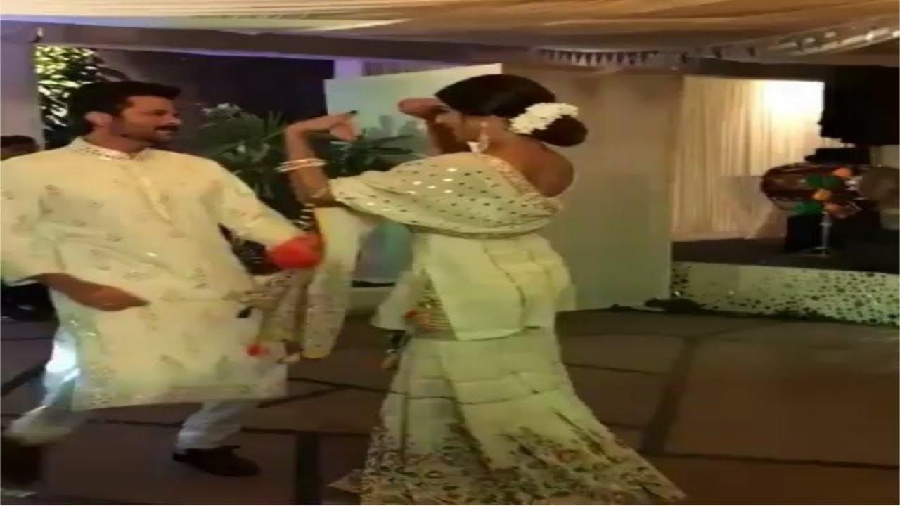 सोनम की मेहंदी सेरेमनी में अनिल कपूर ने इस अभिनेत्री के साथ किया 'झक्कास' डांस, देखे वीडियो